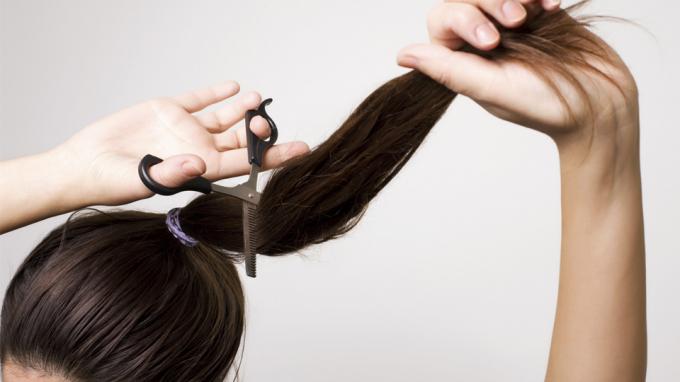 cắt tóc vào mùng 1